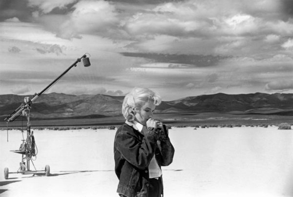 © Eve Arnold/Magnum Photos, Marilyn Monroe on the set of The Misfits, 1960