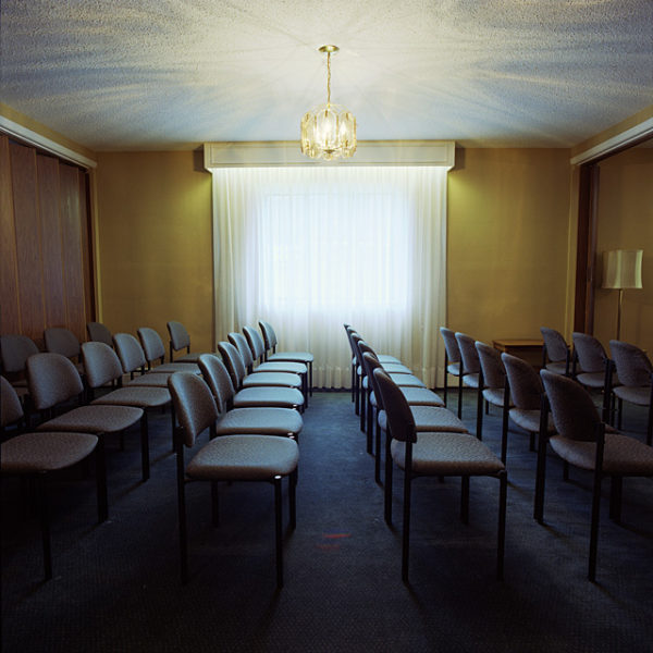 Scott Chandler, Untitled #2 Funeral Home Series, 2006, chromogenic print, 48 x 48 cm